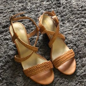 Kenneth Cole Reaction Cognac Sandals Size 8